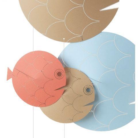 Mobile 'Les perchés' poissons en papier recyclé coloré azur, sable et corail