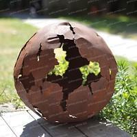 Boule en métal découpe laser d.50cm