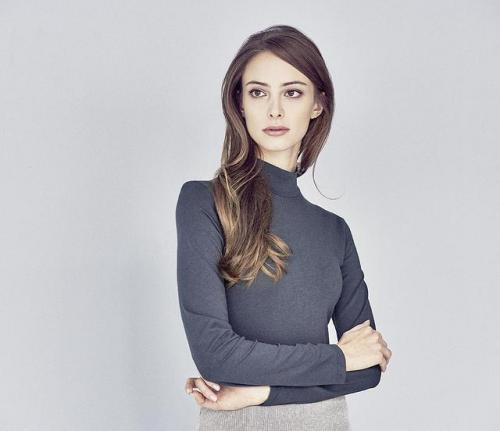 T-shirt col haut pour femme en coton bio et chanvre