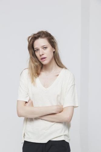 T-shirt uni col v e?cru en chanvre et coton bio - chloe - Thinking Mu