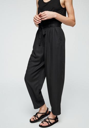 Pantalon noir en tencel - timeaa - Armedangels