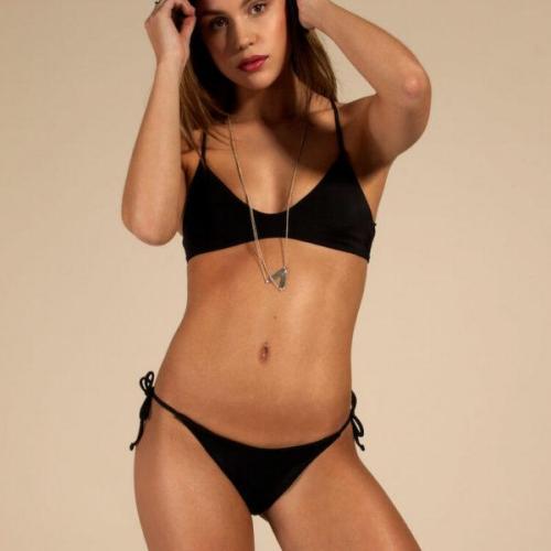 Bas de bikini noir en polyamide recyclé