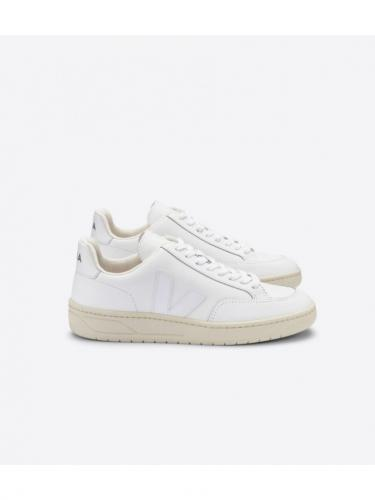 V12 leather - Extra White - Veja