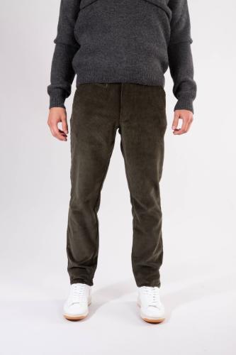 Pantalon droit velours vert forêt - chuck - Knowledge Cotton Apparel