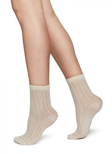 Chaussettes hautes beiges à motifs en polyamide recyclé - klara - Swedish Stockings
