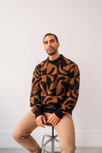 Pull motifs marron et noir en laine - khem - Thinking Mu