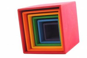 Cubes à emboîter multicolores