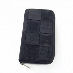 Portefeuille Bobby en ceintures de sécurité recyclées