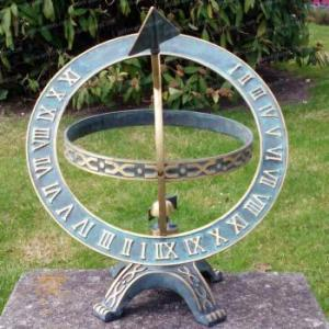 Cadran solaire armillaire piedestal bronze