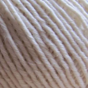 Fil à tricoter écru 100% laine mérinos peigné aiguille 3