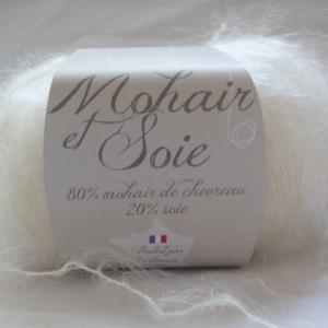 Fil à tricoter mohair de chevreau et soie écru