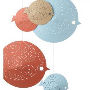 Mobile 'Les perchés' oiseaux en papier recyclé coloré azur, sable et corail
