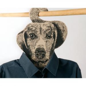 Cintre original en forme de tête de chien et en carton recyclé