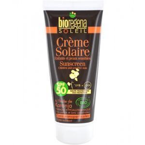 Crème solaire enfants et peaux sensibles
