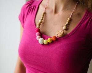 Collier d'allaitement et de portage Orange - Pink Genévrier - KC049