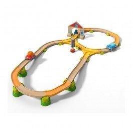 Circuit de voitures avec aiguillages kullerbü