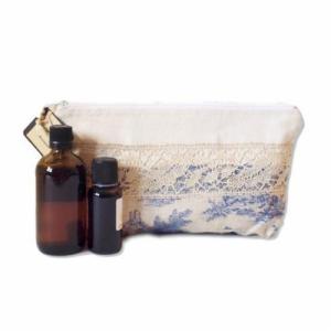 Grande Trousse de rangement pour soins et maquillage -  Dentelle et toile de Jouy - 24cm x 16cm,