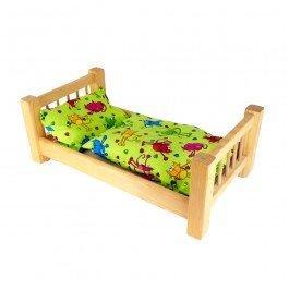 Grand lit en bois avec literie
