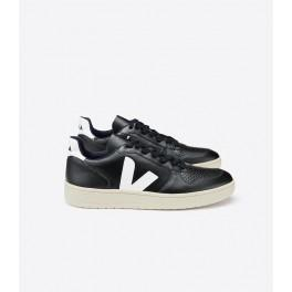 V-10 leather black white