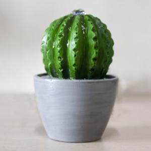 Fontaine d'intérieur Cactus avec éclairage LED