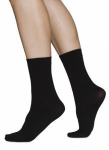 Chaussettes hautes 60 deniers noires recyclées - ingrid
