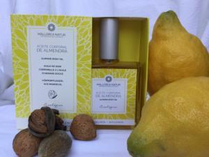 Huile de soin corporelle - Amande citron bio de Majorque - 100mL