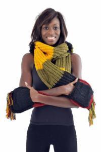 Capuche echarpe moufle laine douce multicolore