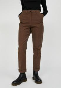 Pantalon droit chocolat en coton bio - hellaa - Armedangels