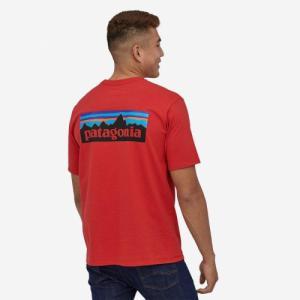 T-shirt imprimé rouge en coton et polyester recyclés - p6 logo responsibili-tee - Patagonia