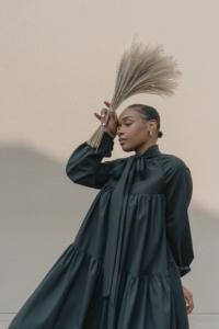 Robe lilia noir - Maison People